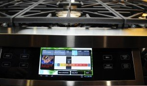 Dacor-Discovery-iQ-48-Dual-Fuel-Range-at-CES-2014
