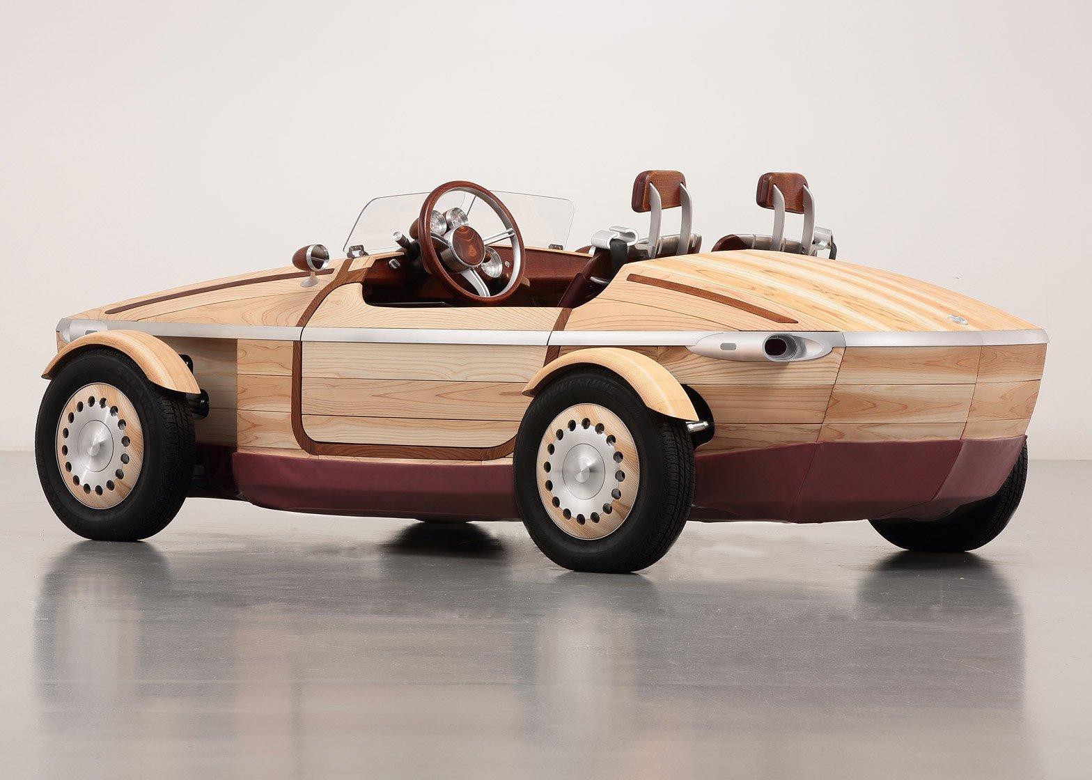 Toyota crea un auto de madera para Milan Design Week 2016